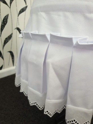 Pleated ruffle at the bottom